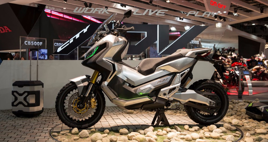 Hondas adventure scooter moves from concept to production publicscrutiny Choice Image